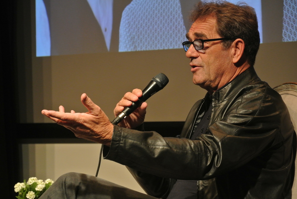 Huey Lewis speaks at a pre-show press conference in Montreal on July 1, 2015 (photo by Gabriel Sigler).