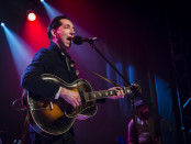Pokey Lafarge live at Theatre Corona, April 2, 2016 (photo by Jason Hughes).