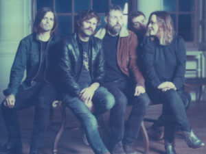 """Listen to the first new Slowdive single in 22 years, """"Star Roving"""""""