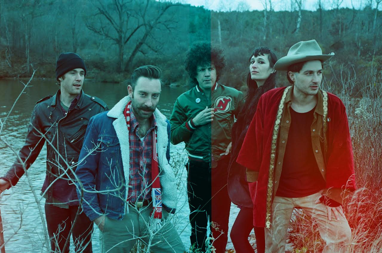 Win a Black Lips prize pack (tickets to their May 9 show in Montreal and your choice of T-Shirt)