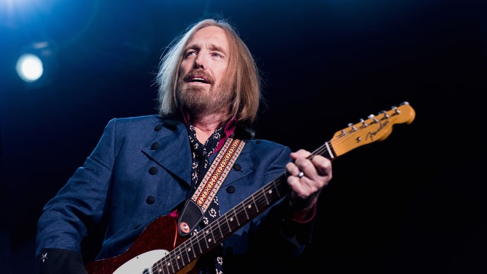 Tom Petty reportedly taken off life support after suffering full cardiac arrest
